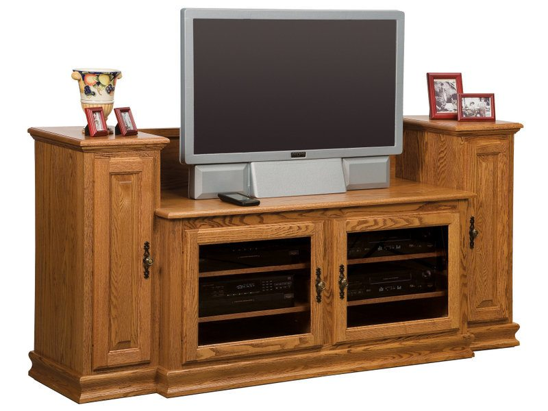Amish Heritage Small TV Stand with Towers