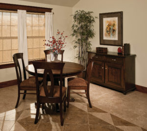 Chancellor Single Pedestal Dining Room Set