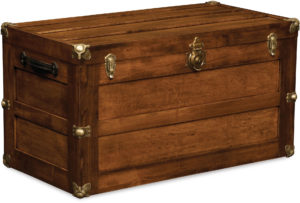 Trunk with Flat Lid