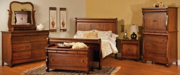 Amish Old Classic Sleigh Bedroom Set
