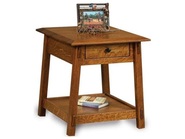 Amish Colbran End Table