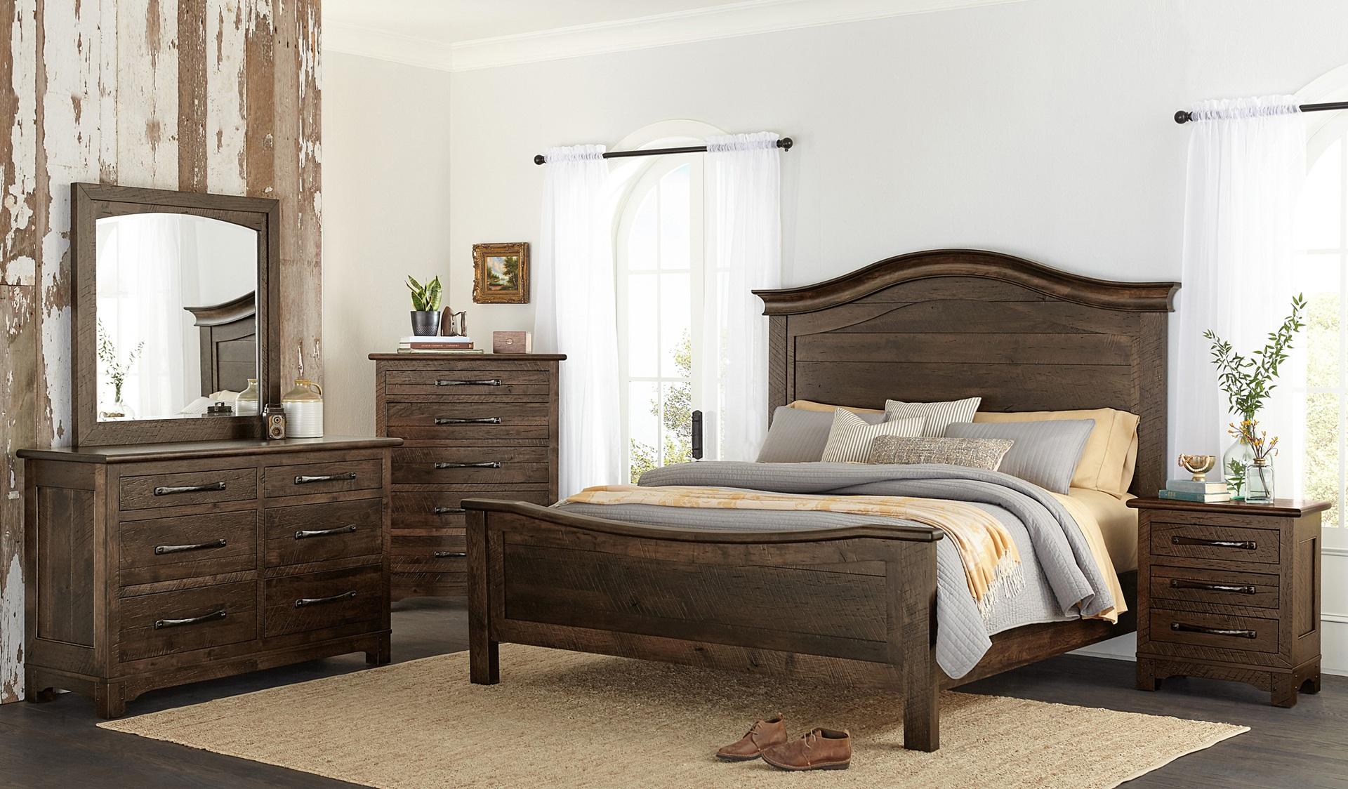 Custom Farmhouse Signature Bedroom Set