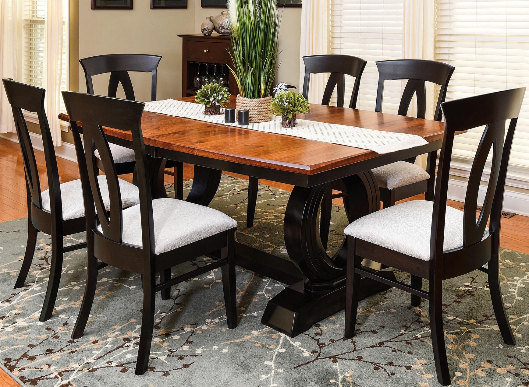 Amish Saratoga Trestle Table Dining Set